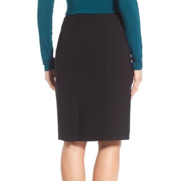 Halogen Dresses & Skirts - Halogen Seamed Pencil Skirt Black XS Small Size 2
